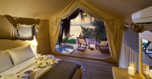 Hotel Tents