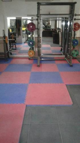 Interlocking Gym Tiles