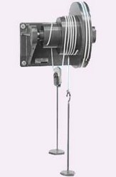 Wheel and Differential Axle