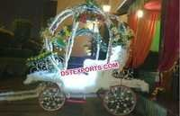 Amazing Bride Entry Carriage