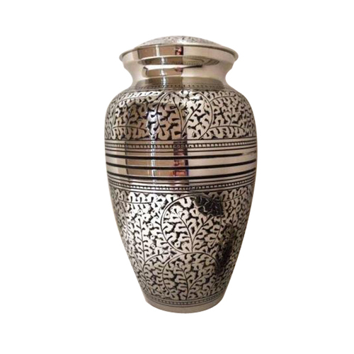 Oak Leat Engraved Cremation Urn