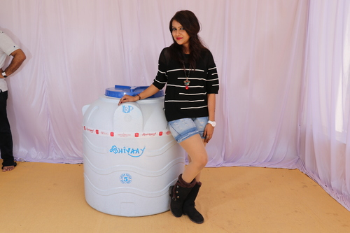 1500 litre plastic water storage tank