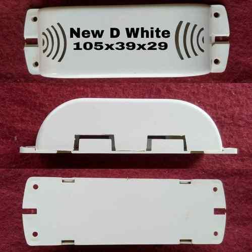New D White choke box