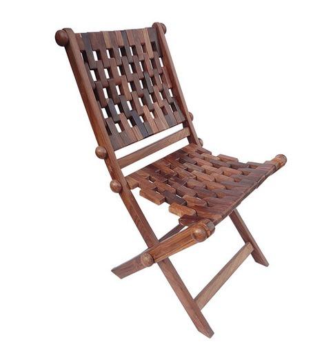 Saaga Chair