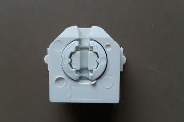T8 Lampholder B Type Pushfit