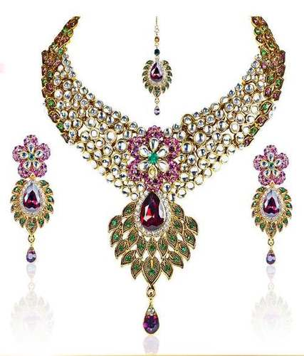 Kundan Festive Necklace Set