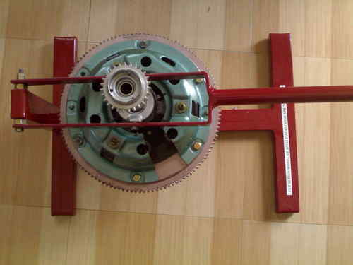 ITI Working Model of Fluid Flywheel