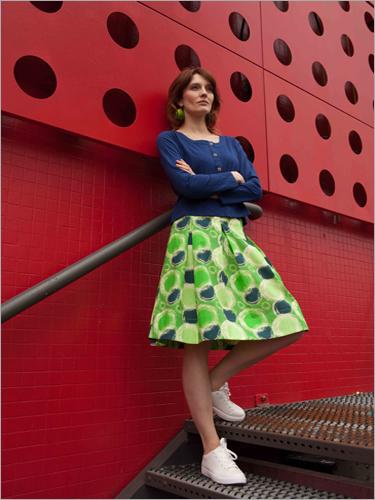 Ladies Modern Skirt