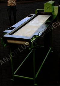 MANUPULATING CONVEYOR