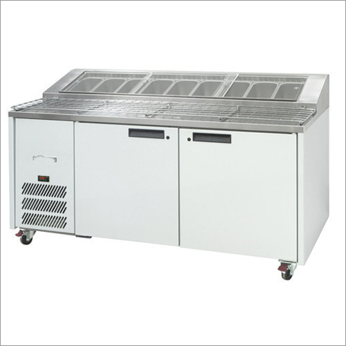 Commercial Pizza Preparation Counter