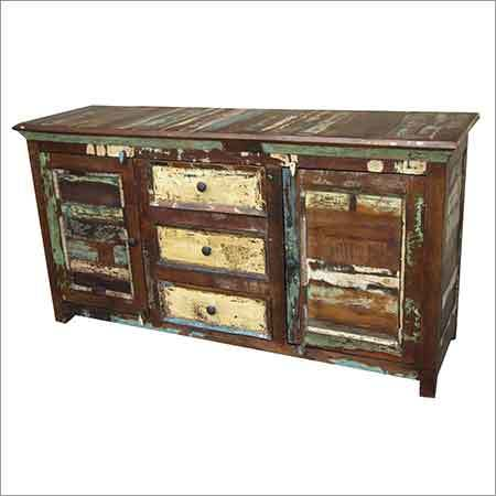 RF4 - Large Sideboard