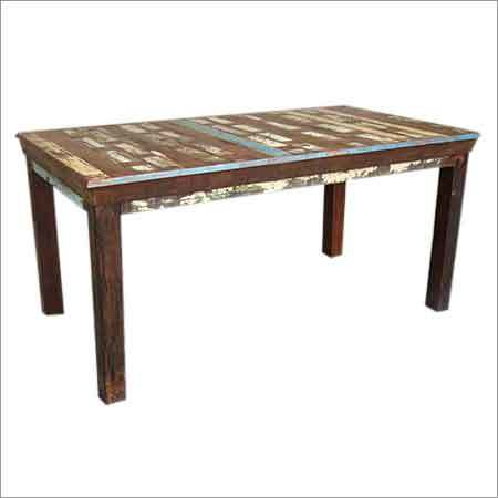 RF10 - Dining Table