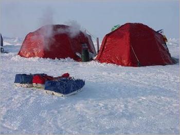 Tents & portable buildings