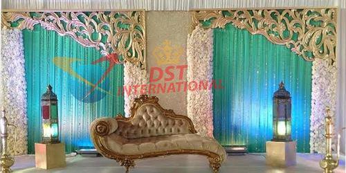 Stylish Wedding Golden Frames