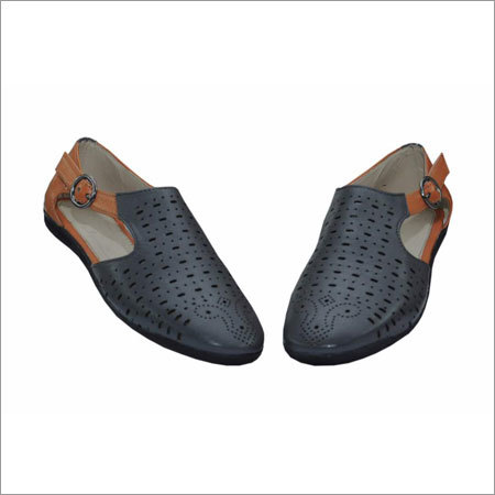 Ladies Designer Casual Shoes