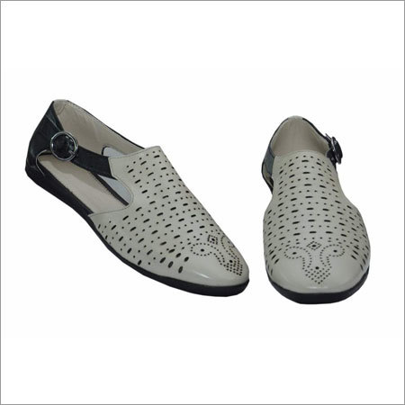 Ladies Trendy Casual Shoes