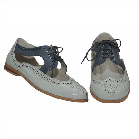 Ladies Leather Casual Shoes
