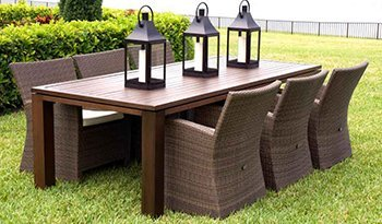 Attractive Dinning Table