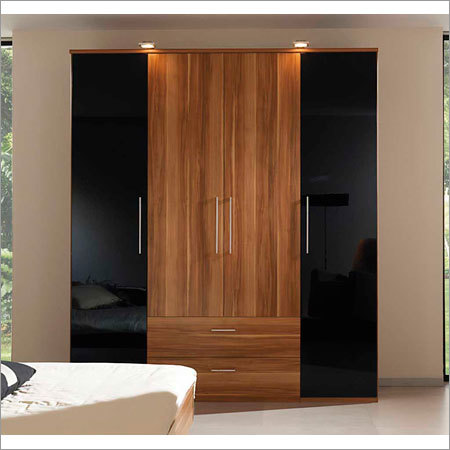 Laminated Plywood Wardrobe