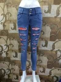 Ladies Capri Jeans