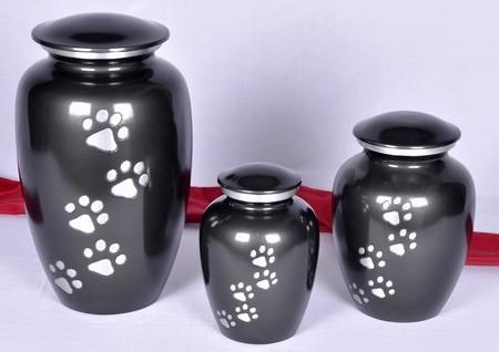 BLACK CLASSIC PET PAW PRINT URN