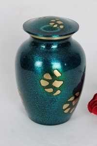 GOLDEN PAW PRINT PET URN