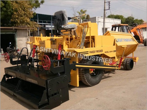Asphalt Cum Wet Mix Paver Finisher