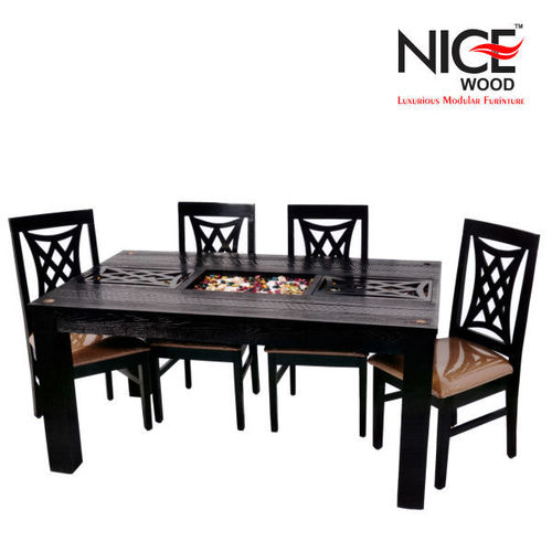4 Seater Dinig Table