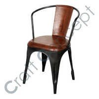 BLACK METAL LEGS ARM CHAIR
