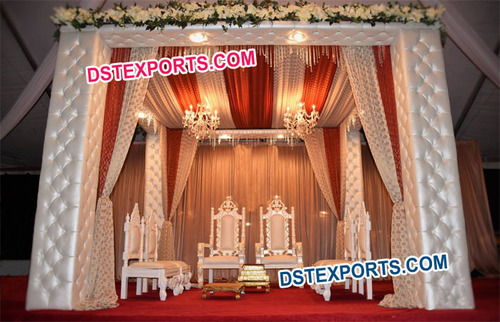 Simple Leather Pillar Wedding Mandap