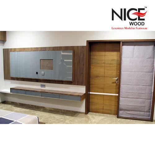 Wooden LCD T V Unit