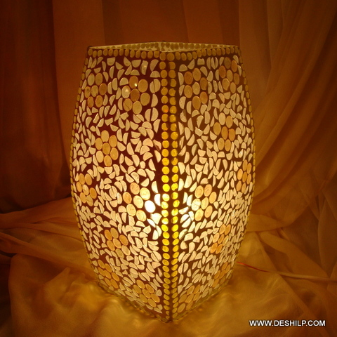 Table lamp Beautiful Cut Glass Table Lamp