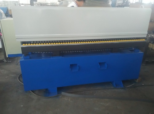 Automatic double buckles machine