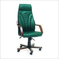 Kerpe Wooden Arm Executive Chair