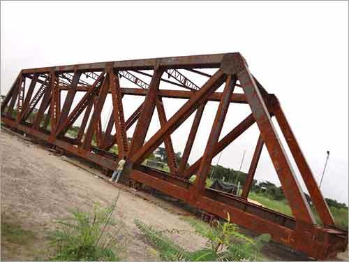 Open web girders fabrication service