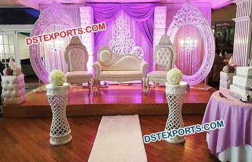 Best oval panel wedding stage