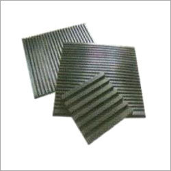 Ribbed Rubber Pads