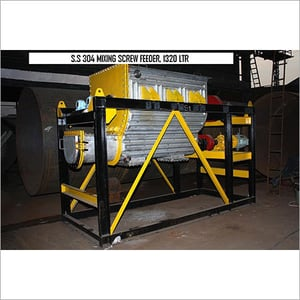 S.S 304 Mixing Screw Feeder, 1320 Ltr