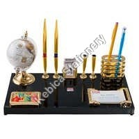 Pen Stand 700G