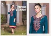 Beautifull Embroiderd Kurti