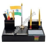 Pen Stand 604 flag