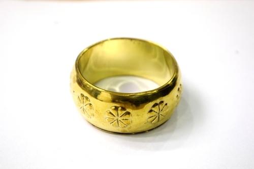 FLOWER DESIGN METAL NAPKIN RING