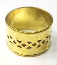 TRENDY LOOK METAL NAPKIN RING