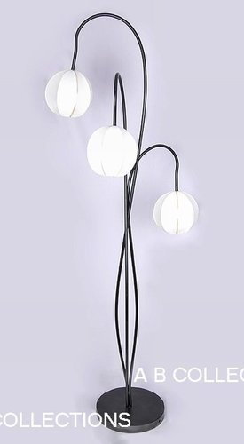 Iron Floor Lamp With 3 Light Led Design
