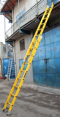FRP WALL SUPPORTING EXTENSION LADDER