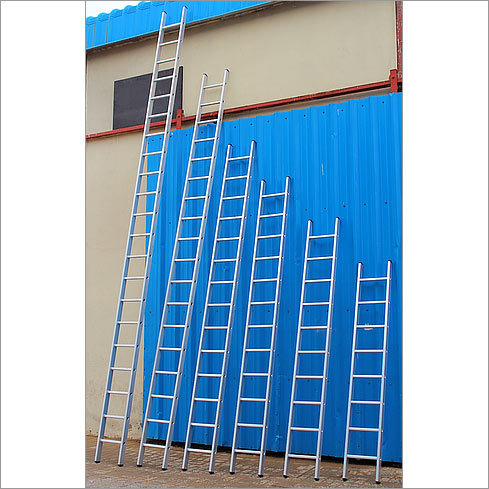 Single Scaffolding Ladder