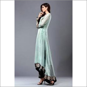 Ladies Casual Pakistani Suit
