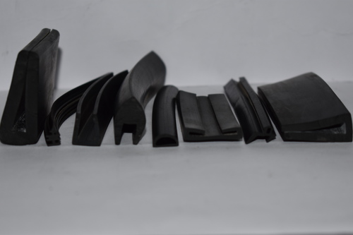 SMALL EXTRUSION PARTS