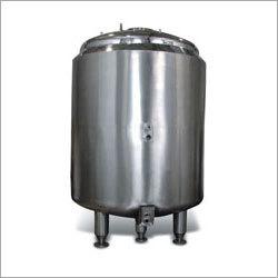 PW and WFI Storage Tanks