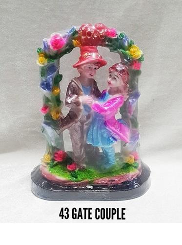 43 Gate Couple